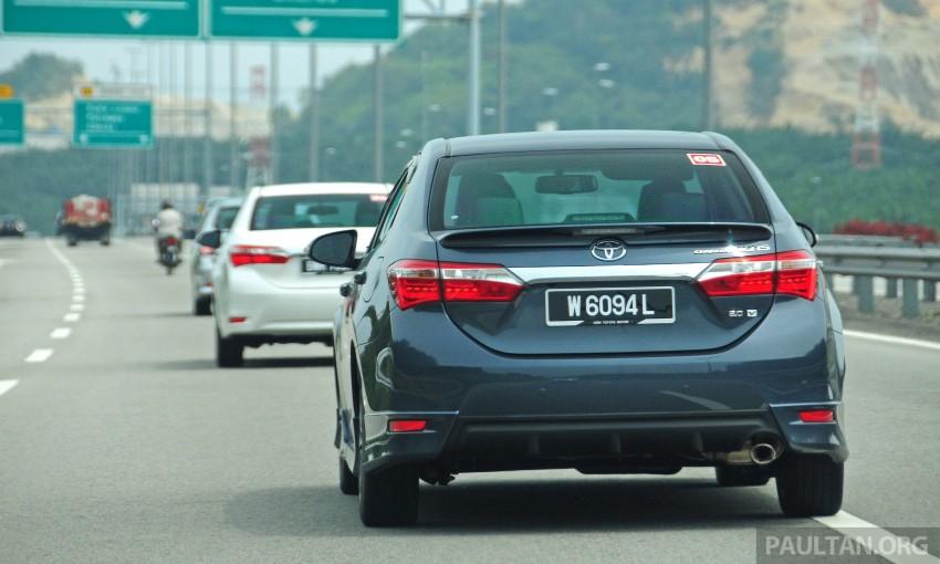 DRIVEN: 2014 Toyota Corolla Altis 2.0V on local roads Image #222464