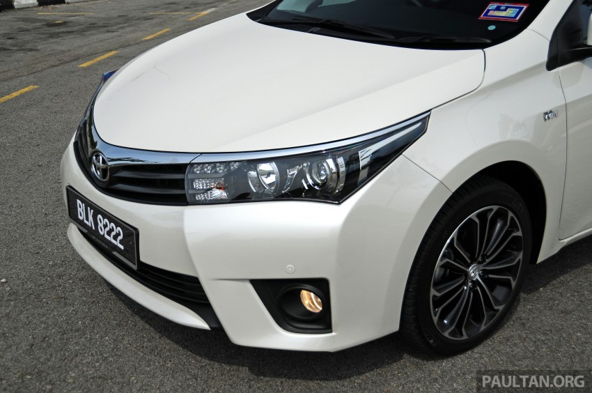 DRIVEN: 2014 Toyota Corolla Altis 2.0V on local roads Image #222475