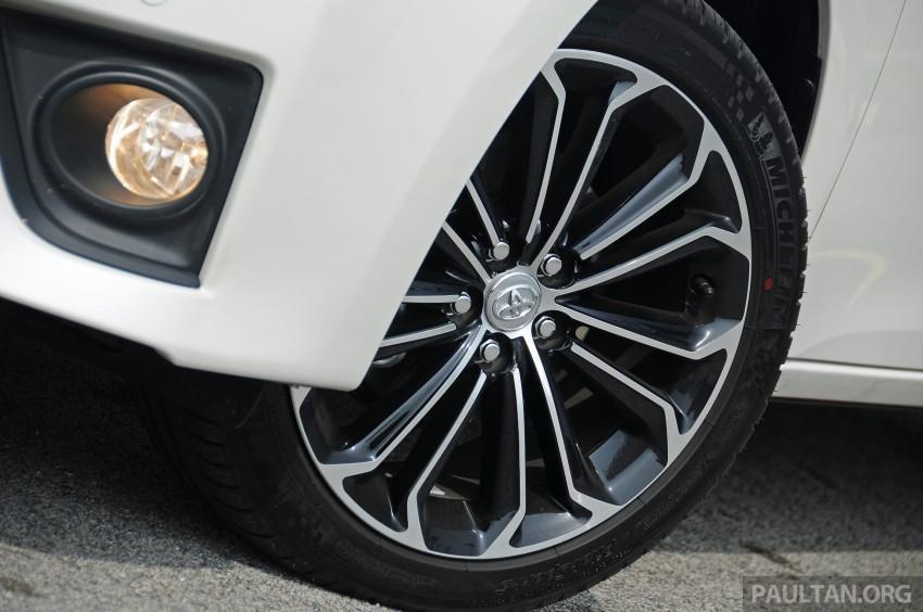 DRIVEN: 2014 Toyota Corolla Altis 2.0V on local roads Image #222483