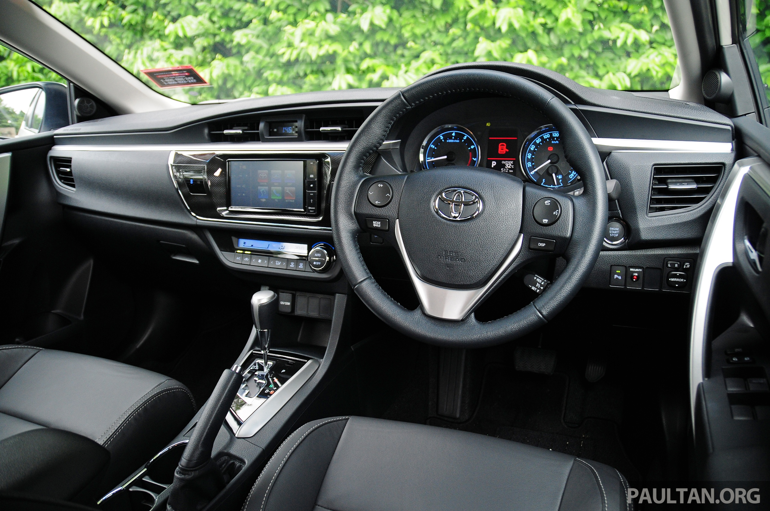 Driven 2014 toyota corolla altis 2 0v on local roads image 222512