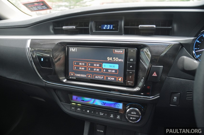 DRIVEN: 2014 Toyota Corolla Altis 2.0V on local roads Image #222524