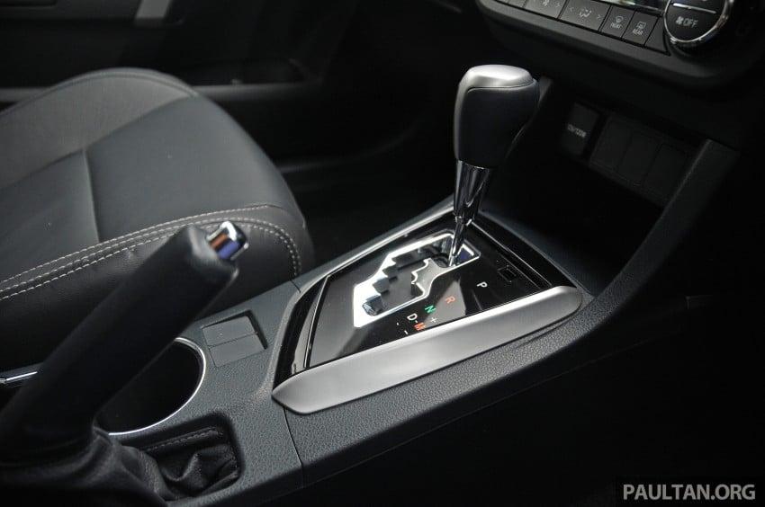 DRIVEN: 2014 Toyota Corolla Altis 2.0V on local roads Image #222527