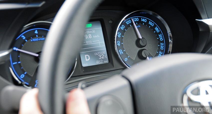 DRIVEN: 2014 Toyota Corolla Altis 2.0V on local roads Image #222529