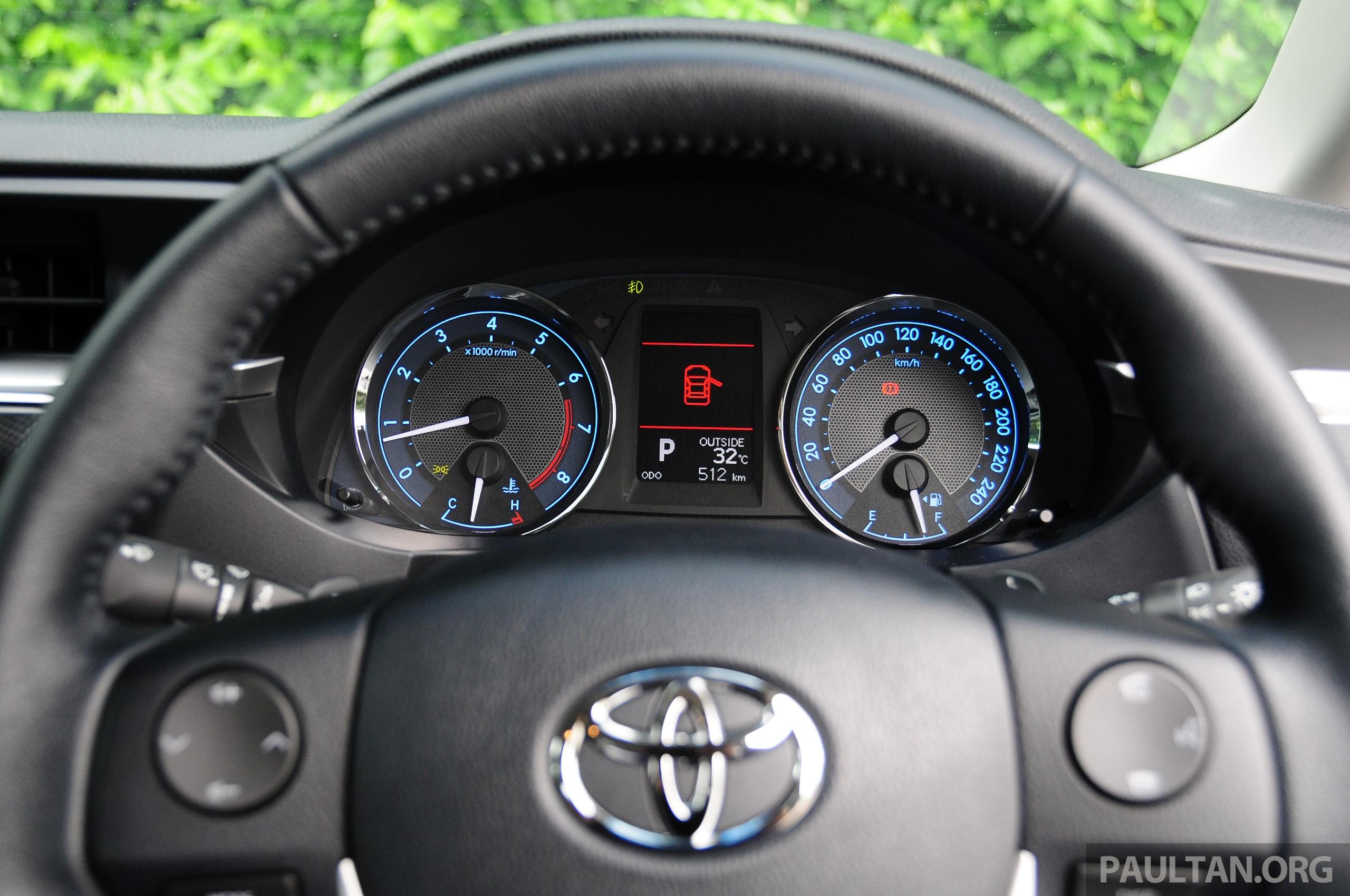 Driven 2014 Toyota Corolla Altis 2 0v On Local Roads Paul