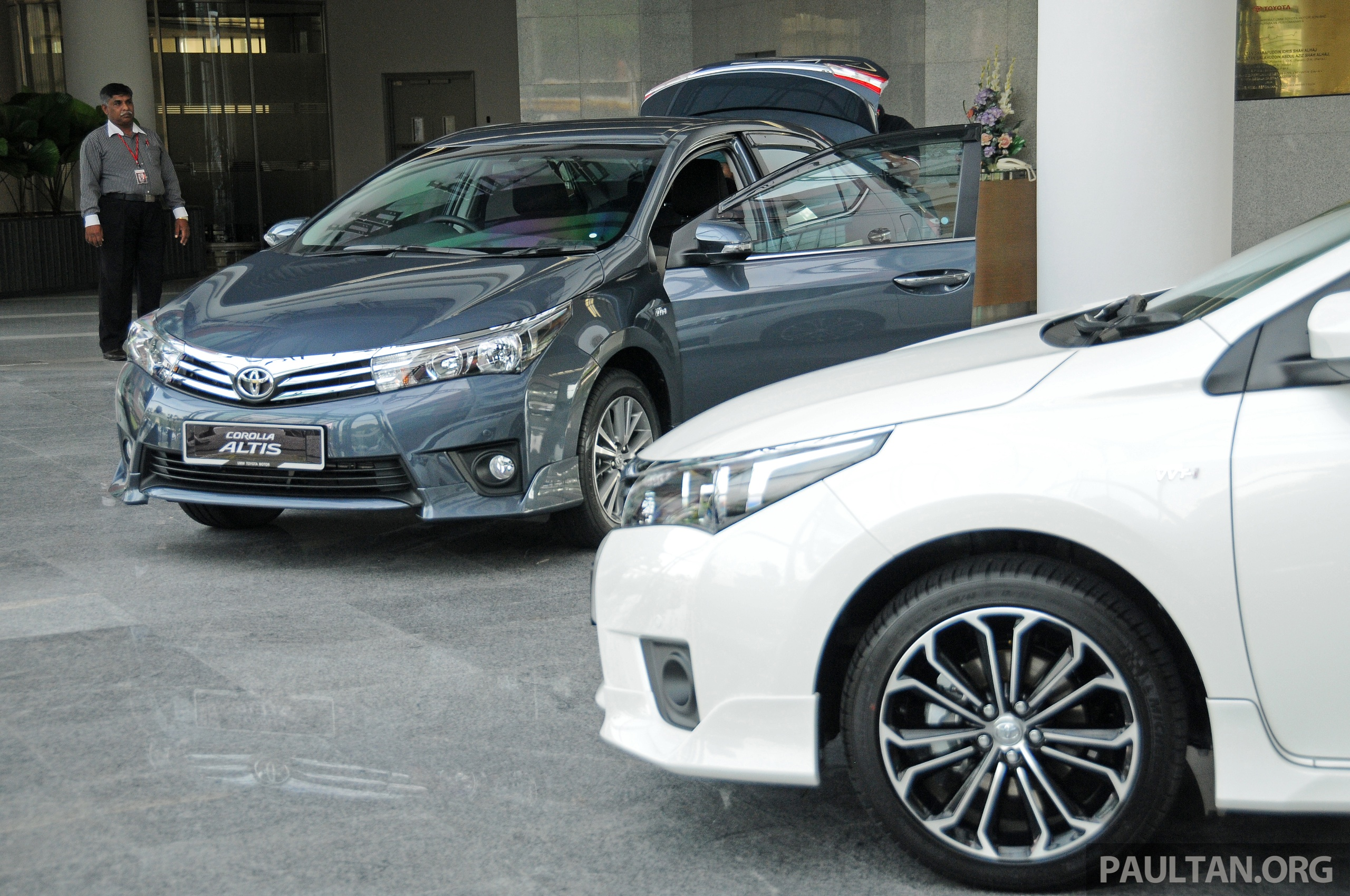 Gallery 2014 Toyota Corolla Altis Preview Pics Image 222293