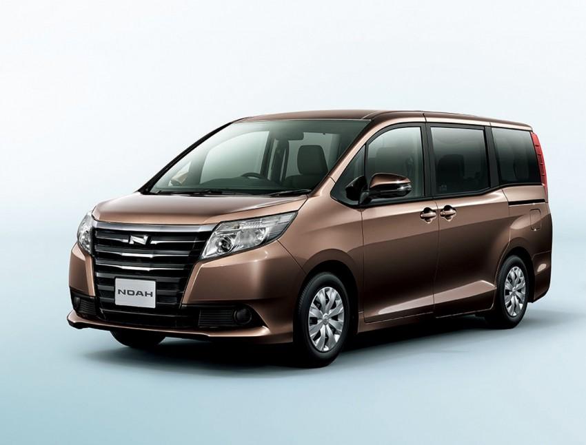 2014 Toyota Noah and Voxy – 1.8L hybrid, 23.8 km/l Image #223712