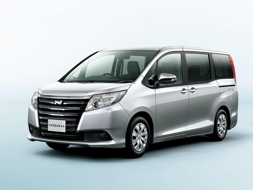 2014 Toyota Noah and Voxy – 1.8L hybrid, 23.8 km/l Image #223713