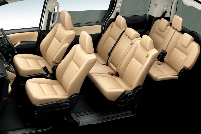2014 Toyota Noah and Voxy – 1.8L hybrid, 23.8 km/l Image #223719