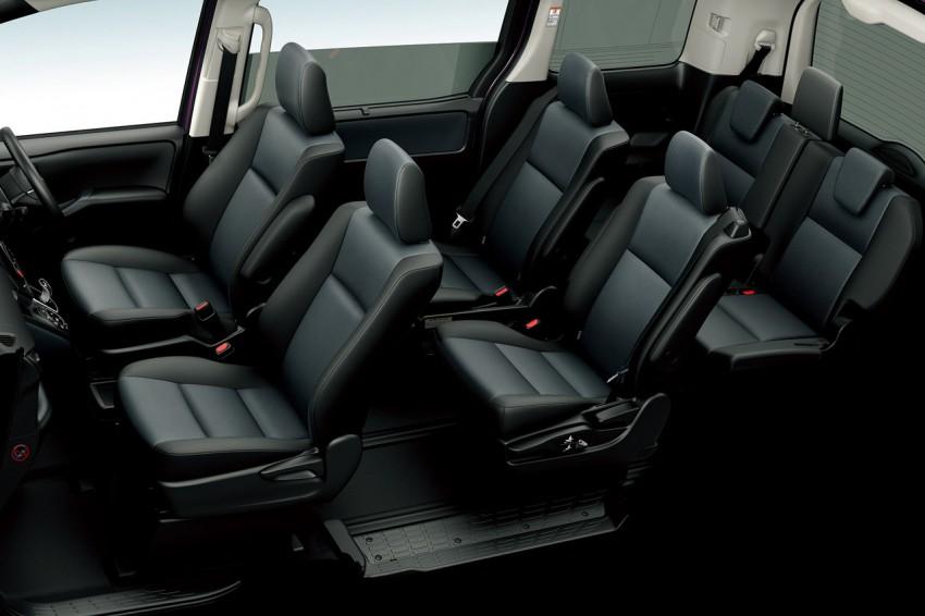 2014 Toyota Noah and Voxy – 1.8L hybrid, 23.8 km/l Image #223720