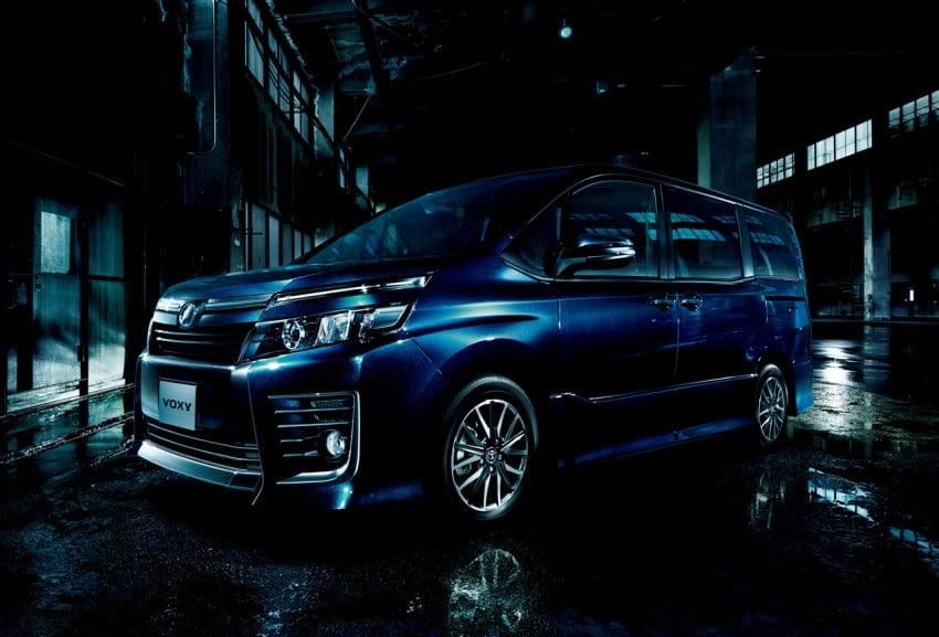 2014 Toyota Noah and Voxy – 1.8L hybrid, 23.8 km/l Image #223728