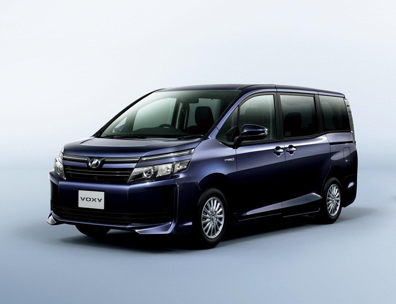 2014 Toyota Noah and Voxy – 1.8L hybrid, 23.8 km/l Paul ...