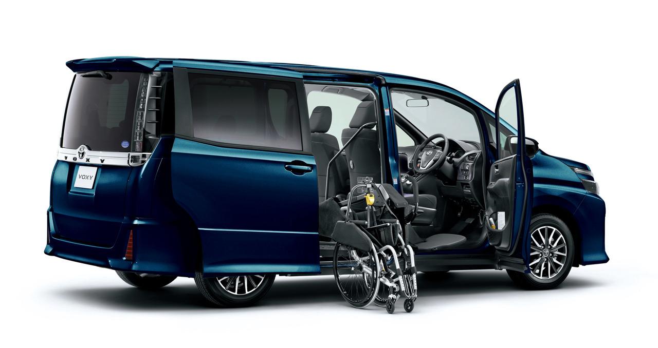 2014 Toyota Noah and Voxy – 1.8L hybrid, 23.8 km/l Image ...