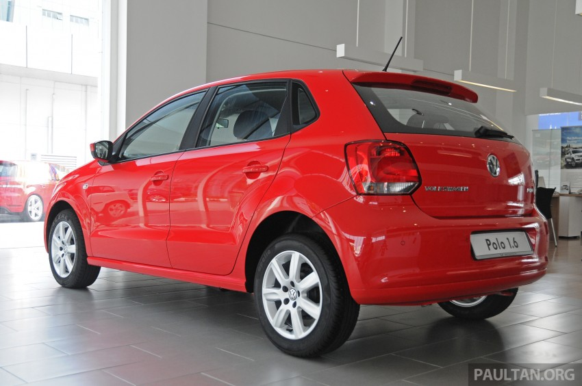 GALLERY: Showroom pics of the CKD VW Polo Hatch Image #224478