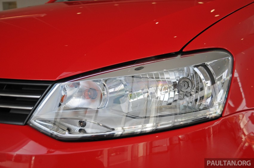GALLERY: Showroom pics of the CKD VW Polo Hatch Image #224481