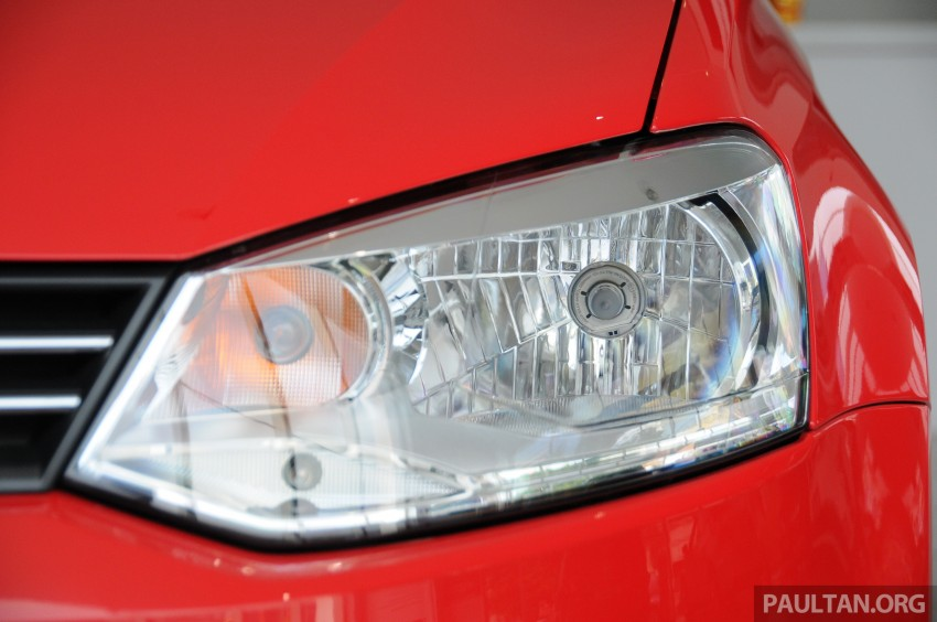 GALLERY: Showroom pics of the CKD VW Polo Hatch Image #224482