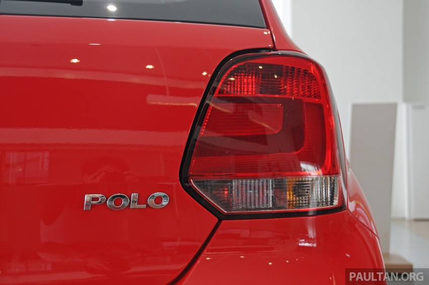 GALLERY: Showroom pics of the CKD VW Polo Hatch Image #224484