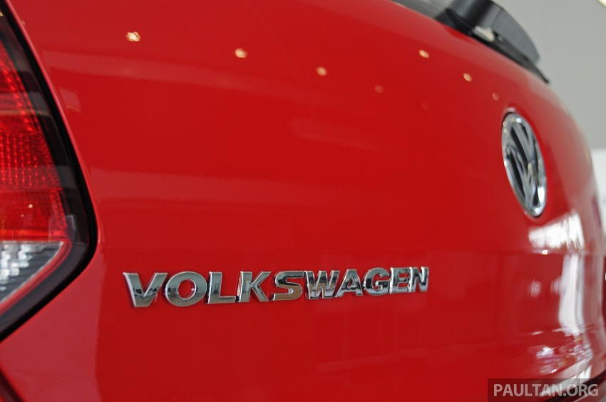 GALLERY: Showroom pics of the CKD VW Polo Hatch Image #224485