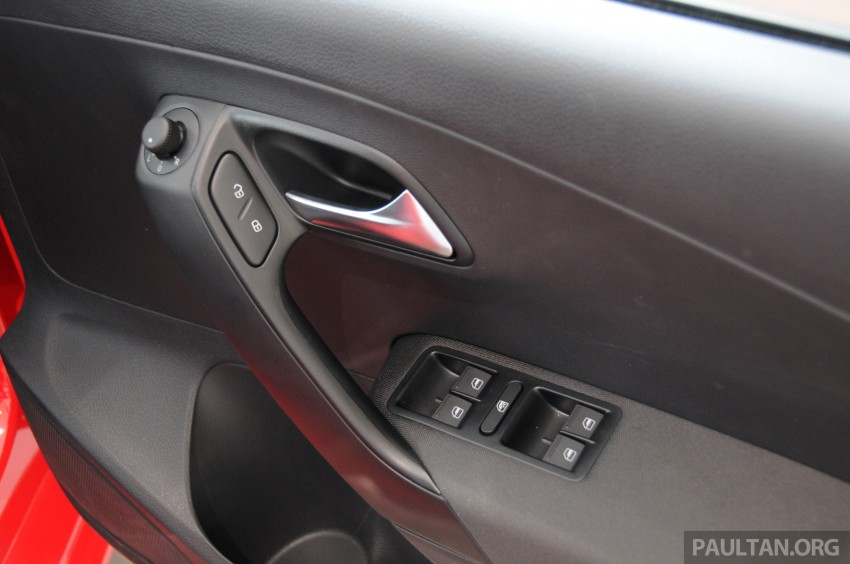 GALLERY: Showroom pics of the CKD VW Polo Hatch Image #224506