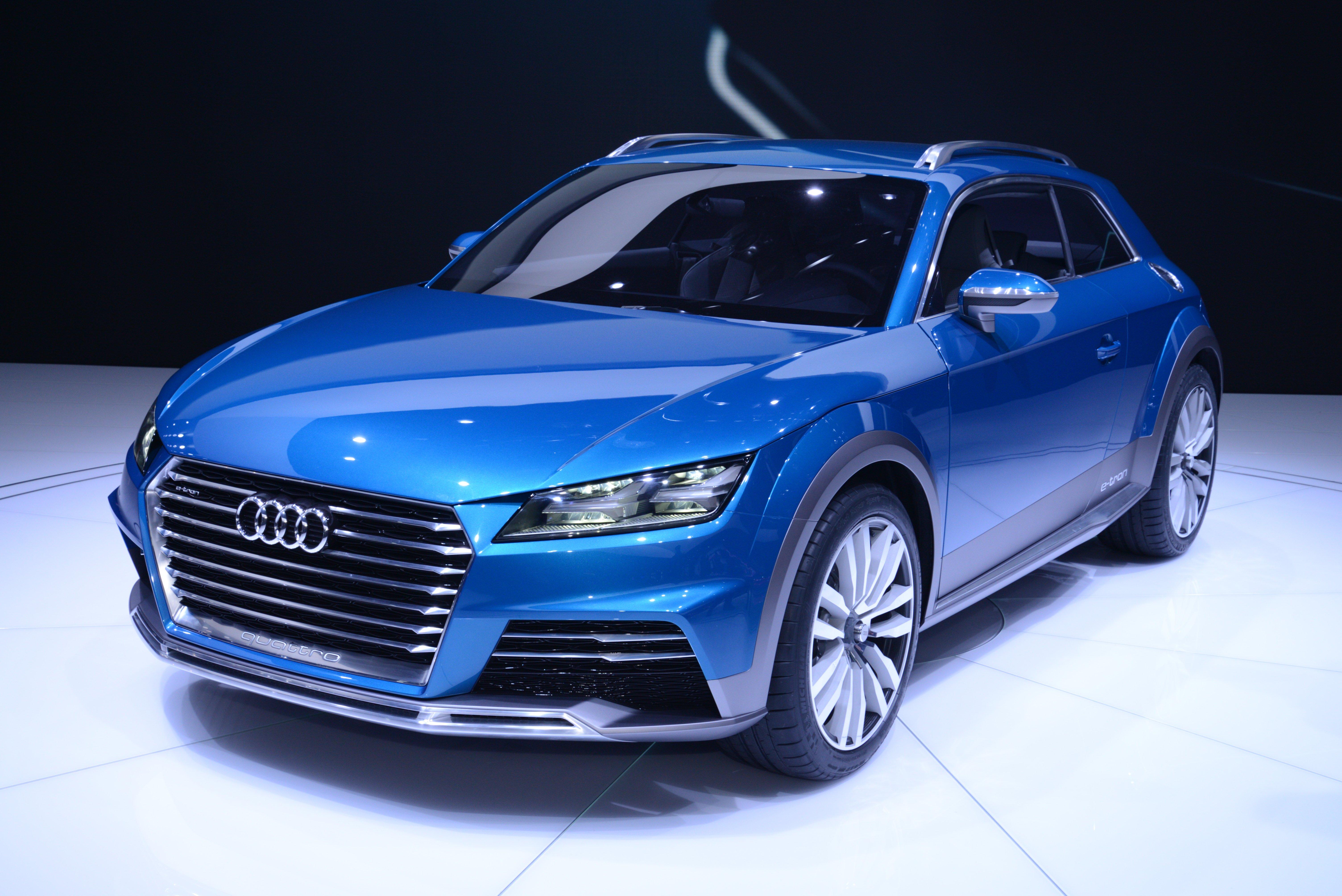 Next Generation Audi Tt Previewed As Audi Allroad Shooting
