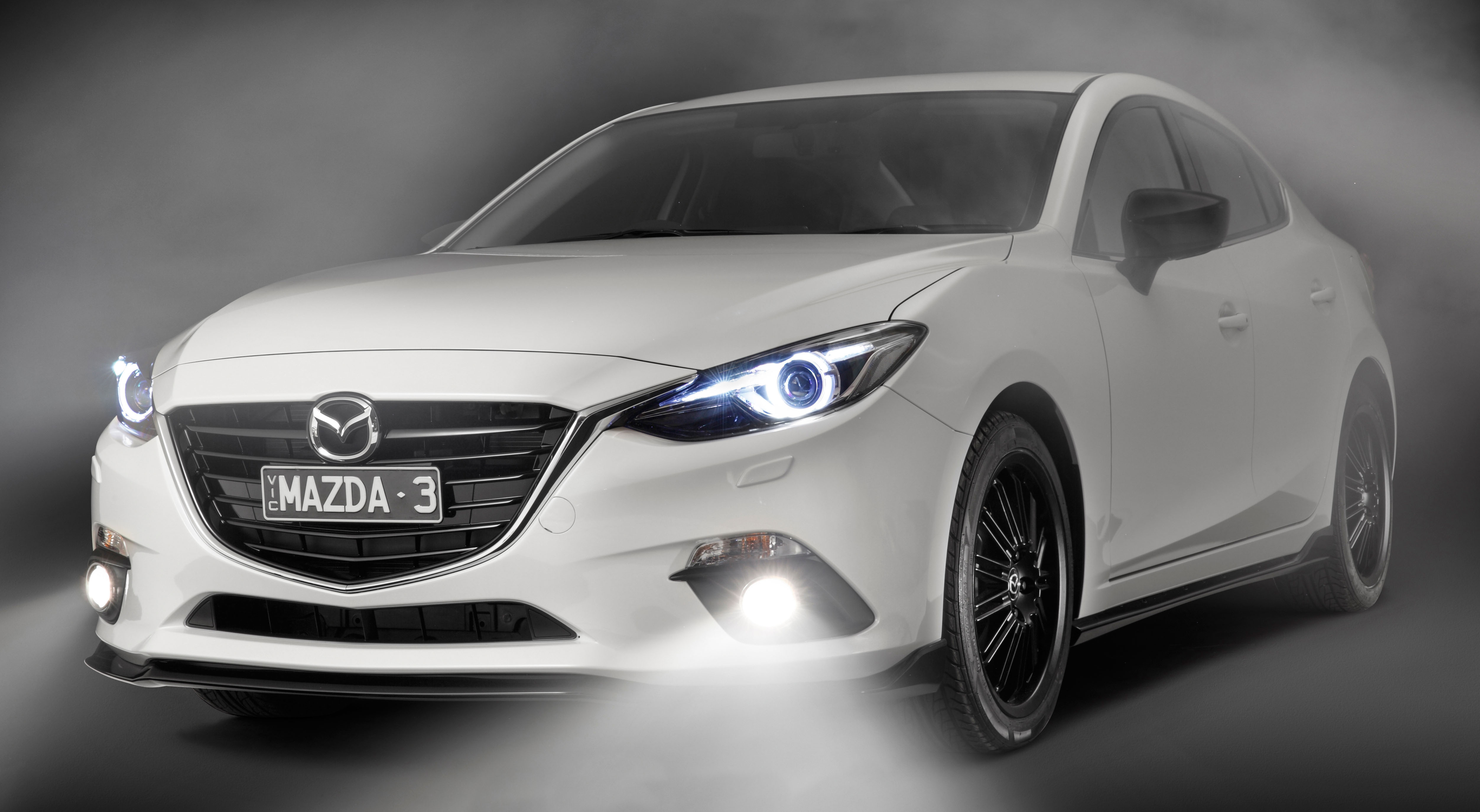 mazda 3 kuroi � dressing it up with a black sport pack
