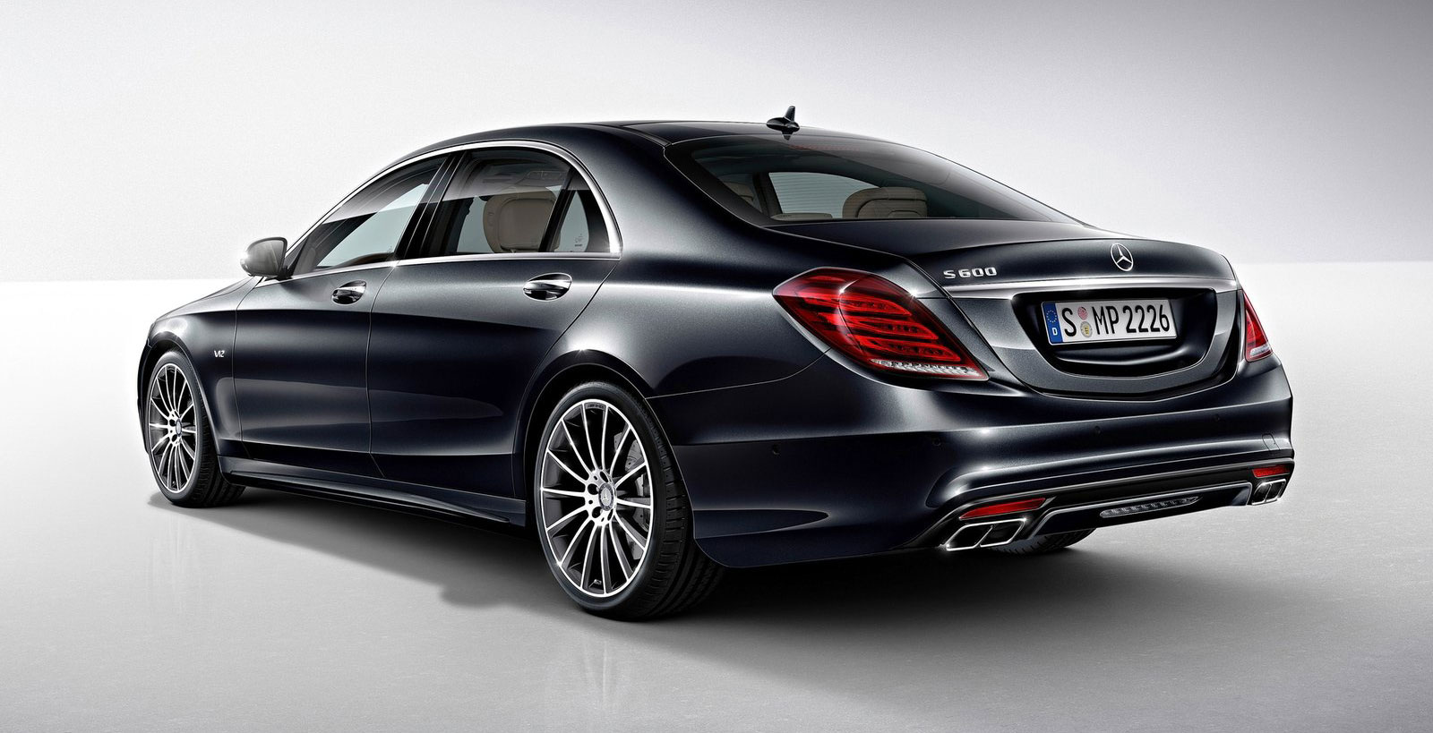 Mercedes benz s600 debuts in detroit the v12 w222 for The mercedes benz