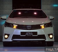 Toyota Corolla Altis launch-1