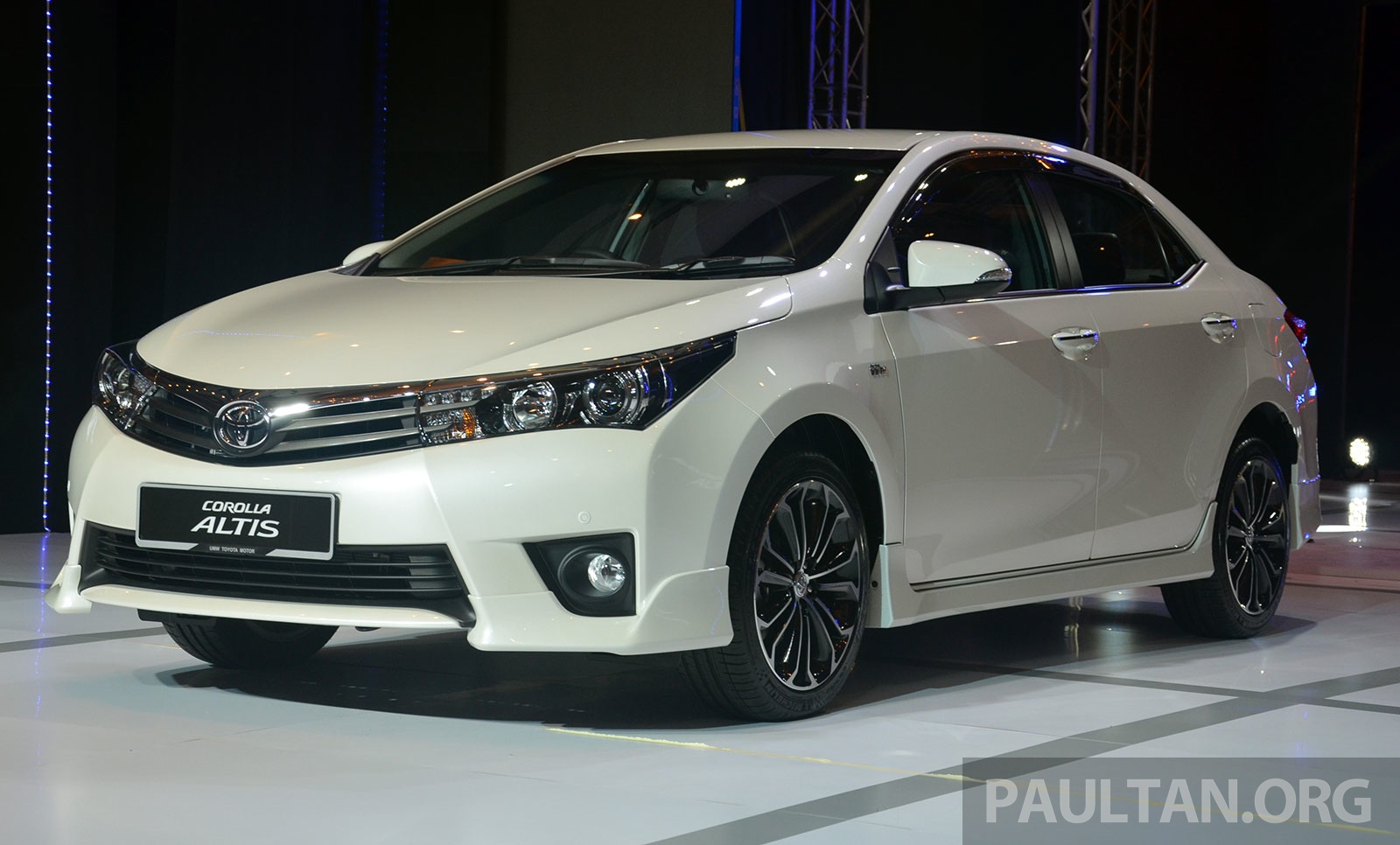 Back to Story: 2014 Toyota Corolla Altis officially launched