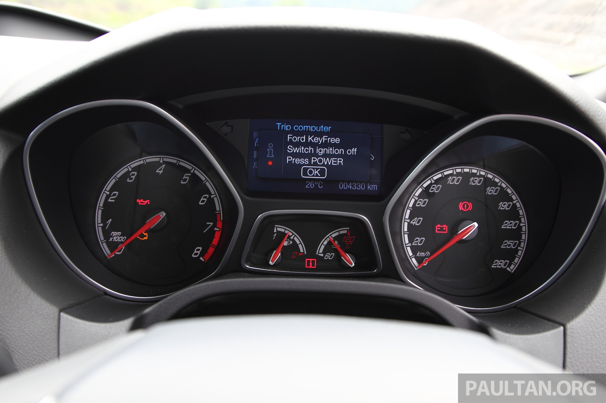 DRIVEN: Ford Focus ST vs Renault Megane RS 265 Image 224699
