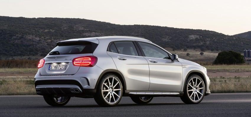 Mercedes-Benz GLA 45 AMG production car unveiled Image #221087