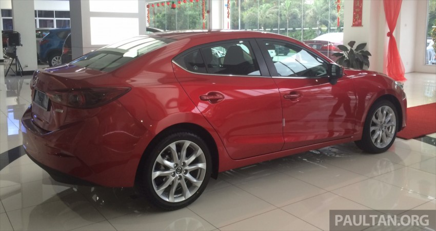 GALLERY: 2014 Mazda 3 CBU in Glenmarie showroom Image #224363