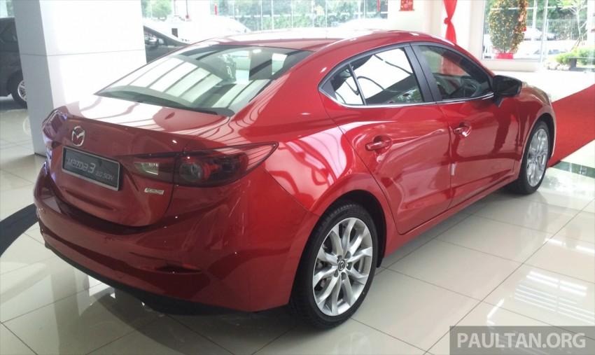 GALLERY: 2014 Mazda 3 CBU in Glenmarie showroom Image #224357