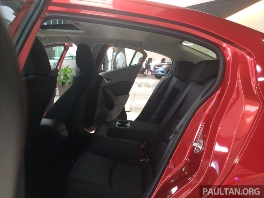 GALLERY: 2014 Mazda 3 CBU in Glenmarie showroom Image #224348