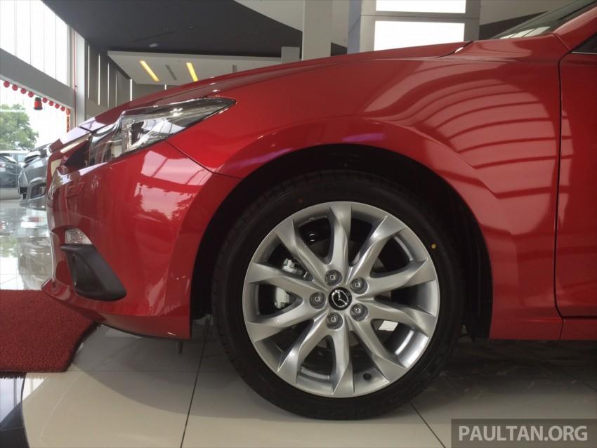 GALLERY: 2014 Mazda 3 CBU in Glenmarie showroom Image #224351