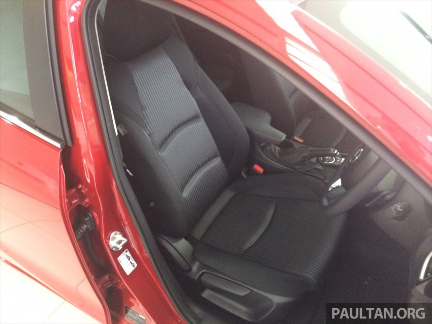 GALLERY: 2014 Mazda 3 CBU in Glenmarie showroom Image #224335