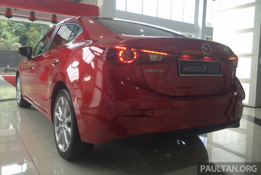 GALLERY: 2014 Mazda 3 CBU in Glenmarie showroom Image #224328