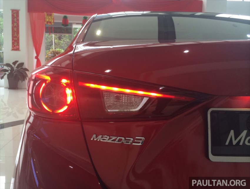 GALLERY: 2014 Mazda 3 CBU in Glenmarie showroom Image #224329