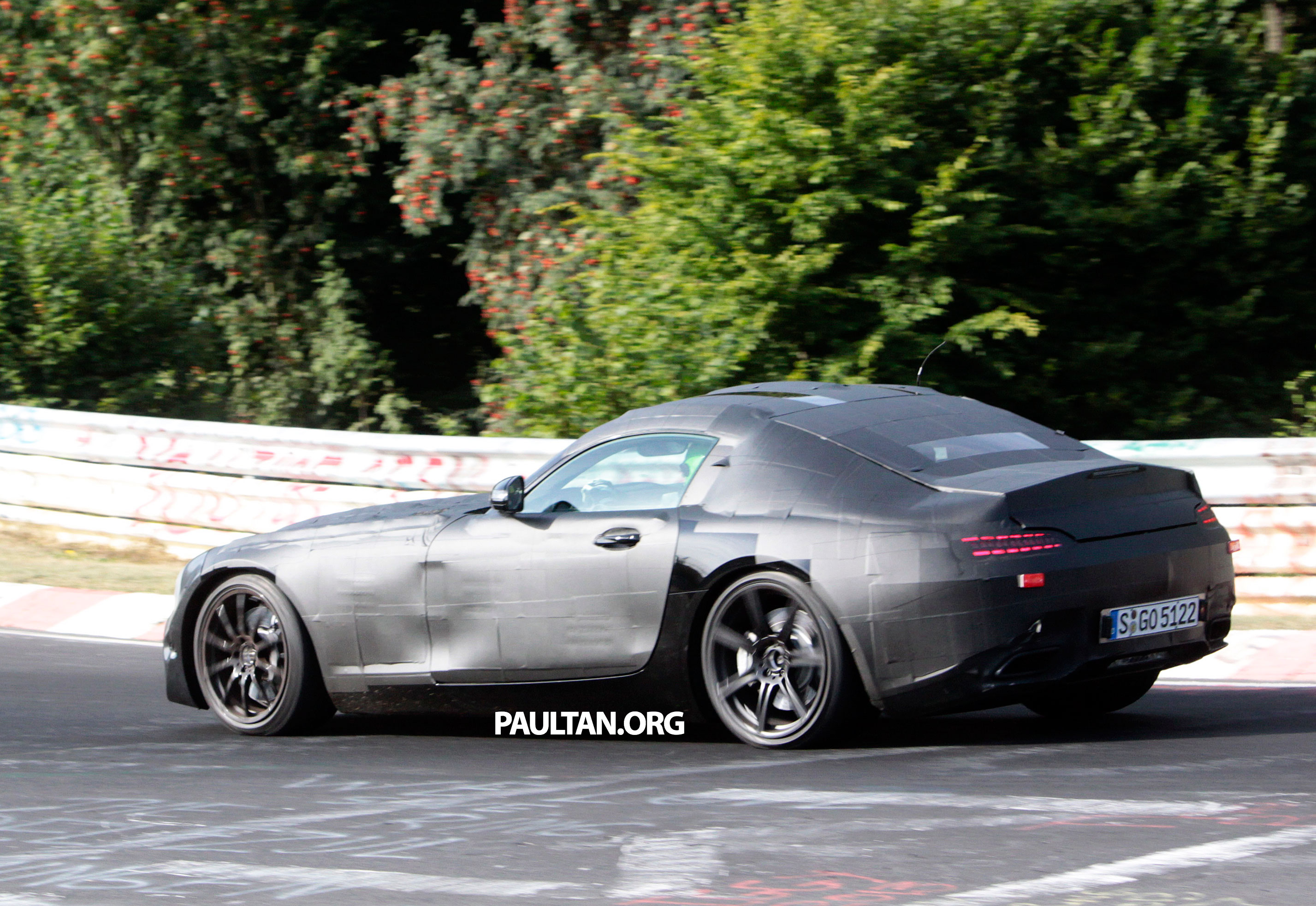 New Mercedes-Benz AMG GT drops some camo! Image 221300