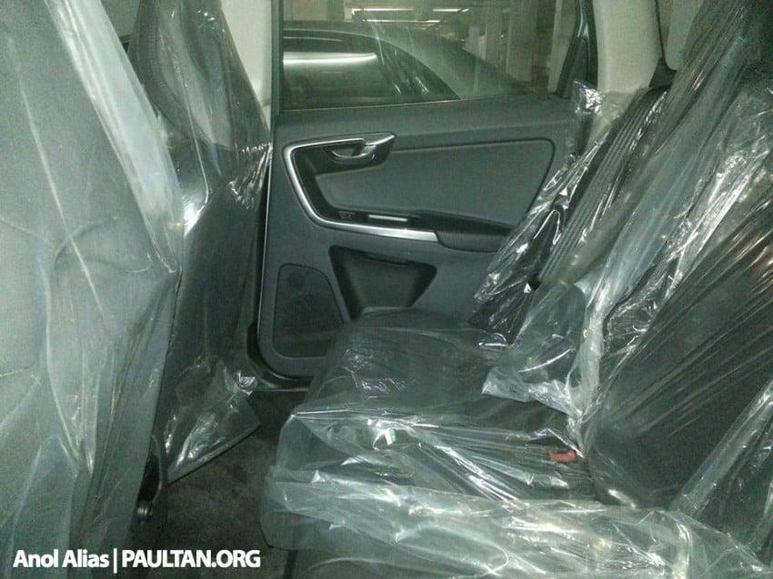 Volvo XC60 T5 facelift snapped at JPJ Putrajaya Image #223069