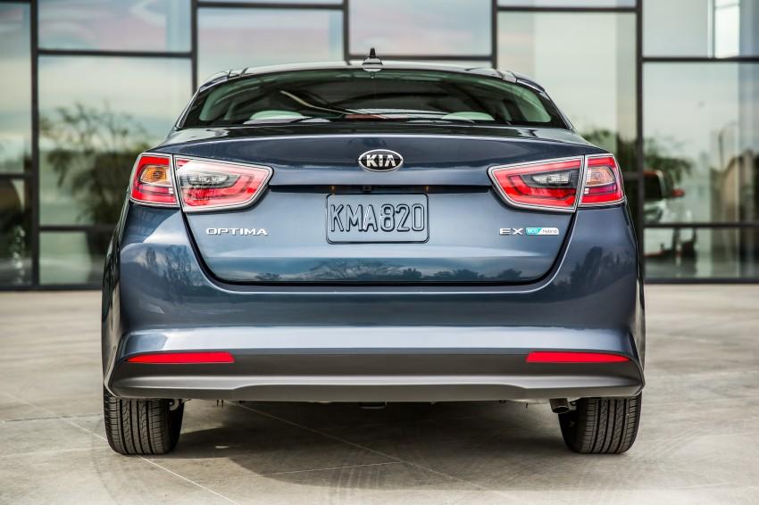2014 Kia Optima Hybrid facelift unveiled in Chicago Image #227081