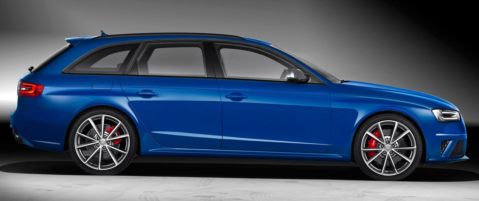 Audi Rs4 Avant Nogaro Selection Tribute To The Rs2 Paul