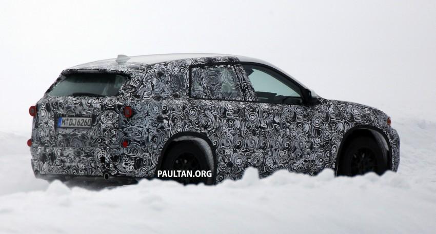 SPYSHOTS: BMW X1 – next-gen spotted winter testing Image #229398