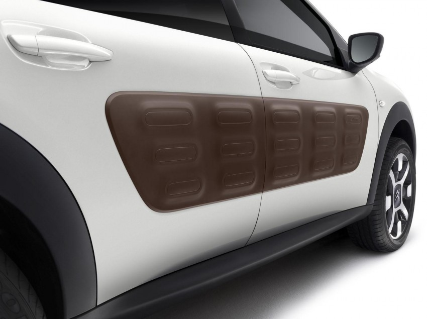 Citroen C4 Cactus unveiled with roof-mounted airbag Image #226848