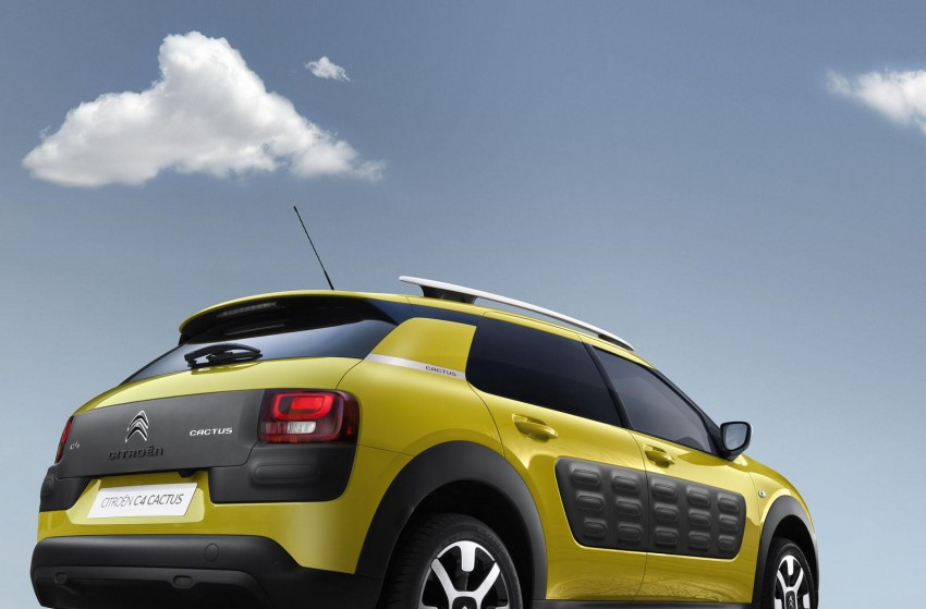 Citroen C4 Cactus unveiled with roof-mounted airbag Image #226861