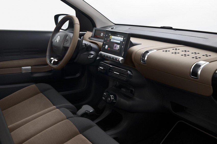 Citroen C4 Cactus unveiled with roof-mounted airbag Image #226866