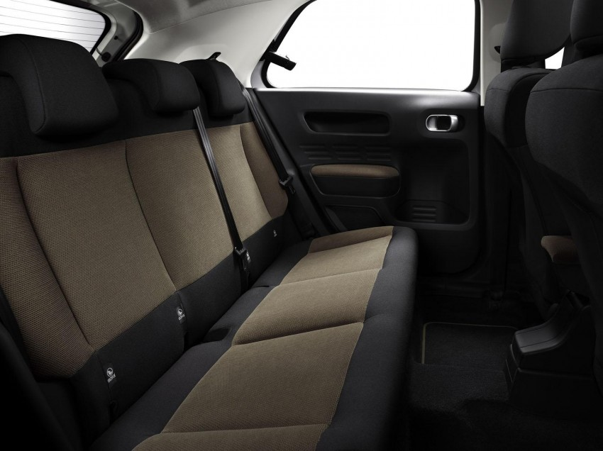 Citroen C4 Cactus unveiled with roof-mounted airbag Image #226873