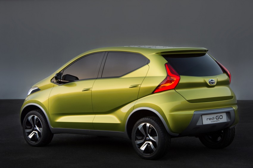 Datsun redi-GO Concept mini SUV debuts in Delhi Image #226906