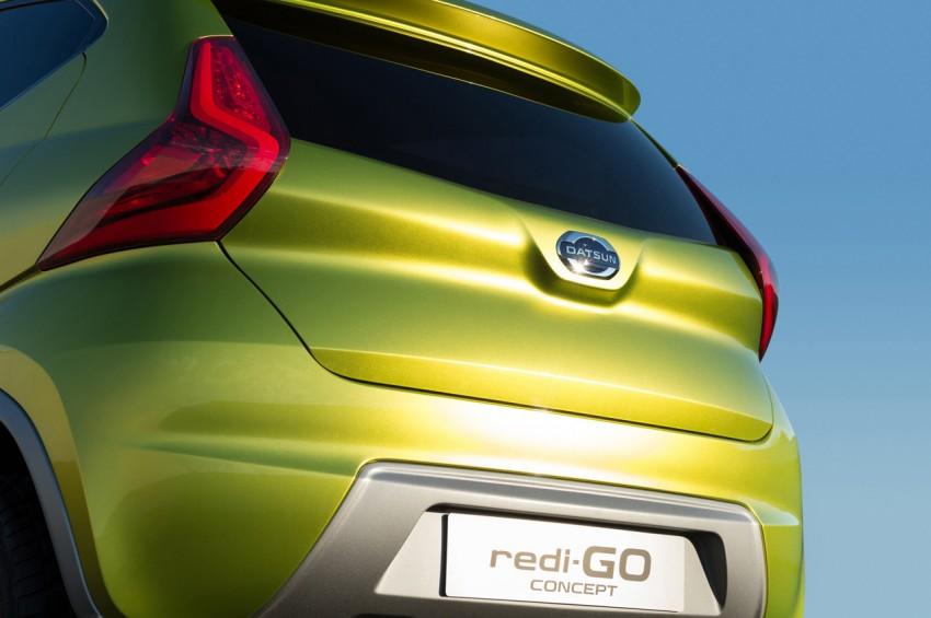 Datsun redi-GO Concept mini SUV debuts in Delhi Image #226909