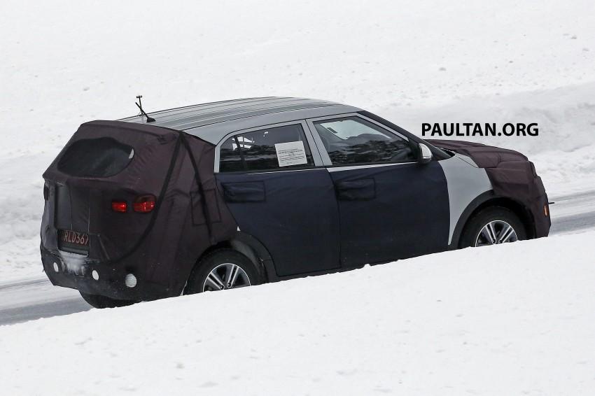 SPYSHOTS: Hyundai ix25 – Nissan Juke rival spotted Image #229200
