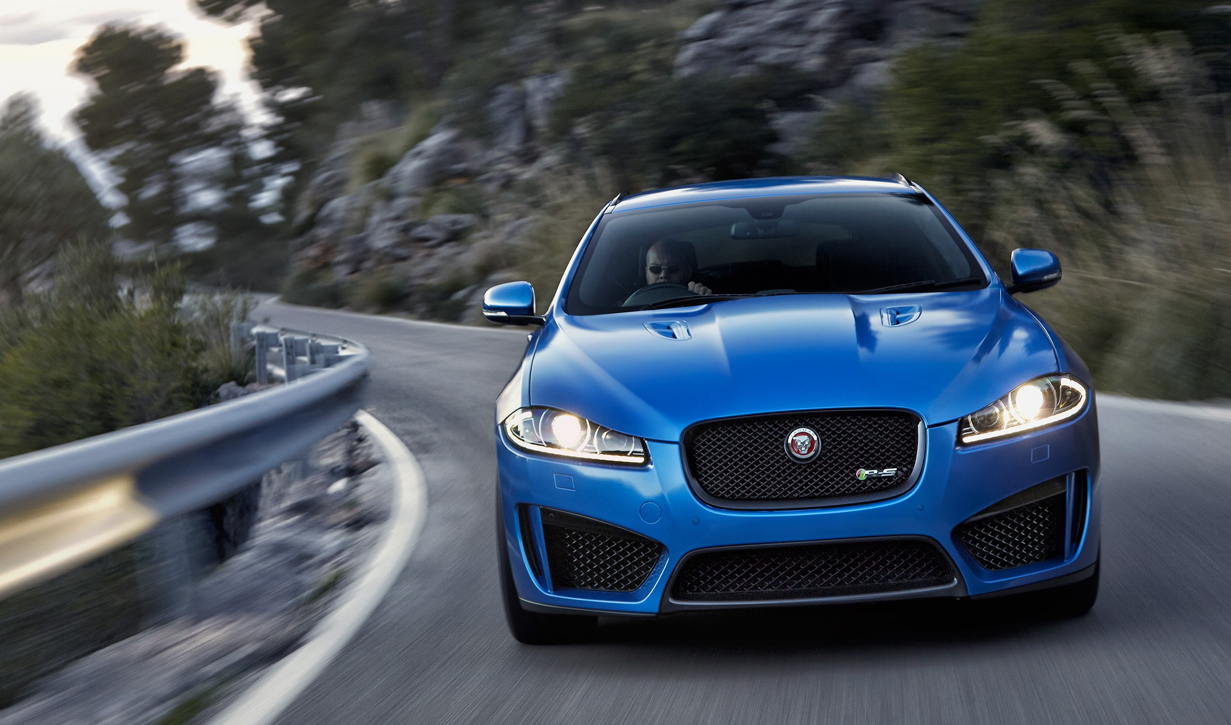 jaguar xfr s sportbrake 550 ps supercharged estate. Black Bedroom Furniture Sets. Home Design Ideas