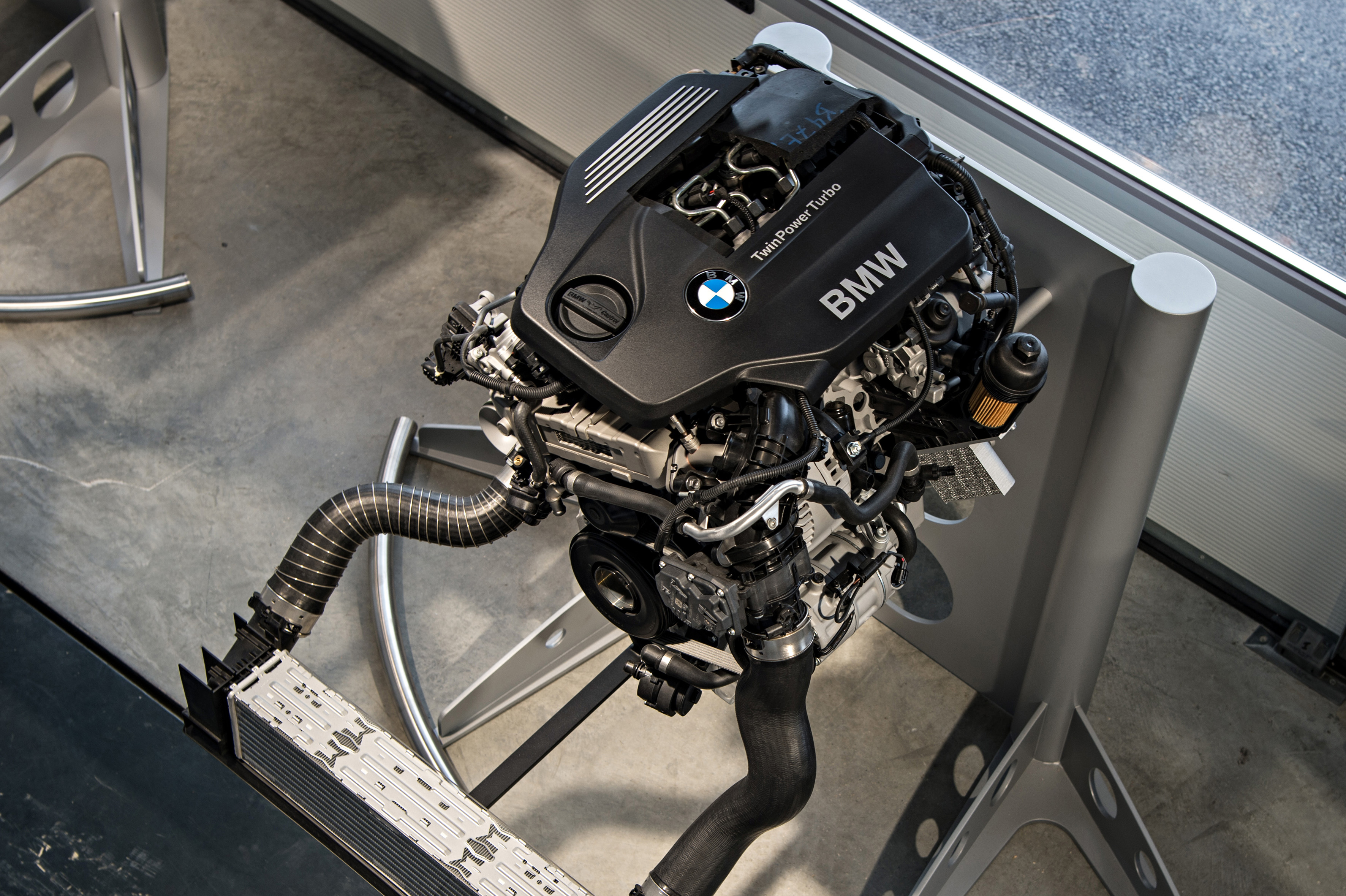 Bmw S New B48 2 0 Litre Four Cylinder Twinpower Turbo Engine To Produce Up To 255 Hp And 400 Nm